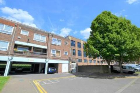 1 bedroom flat to rent - Gurnard Close, Yiewsley, UB7