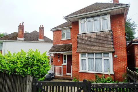 3 bedroom detached house for sale - Lordswood Road, Lordswood, Southampton