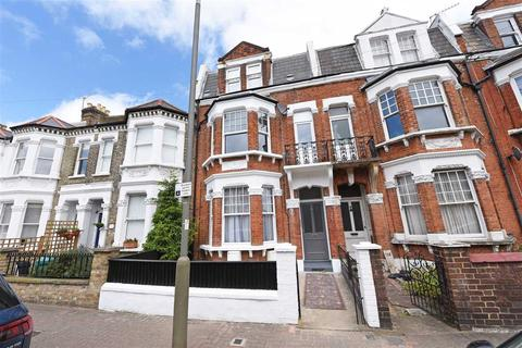 Studio to rent - Norroy Road, London