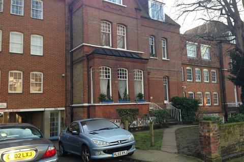 Studio to rent - Cambalt Road, Putney