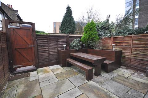 3 bedroom terraced house to rent - Southey Road, Wimbledon