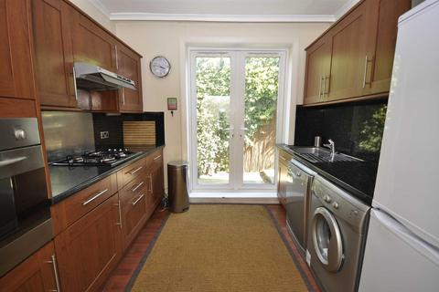 2 bedroom maisonette to rent - University Road, Colliers Wood