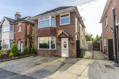 3 bedroom detached house to rent - Porchester Road, Woolston, Southampton, Hampshire