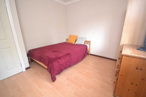1 bedroom house share to rent - Mylne Square, Wokingham