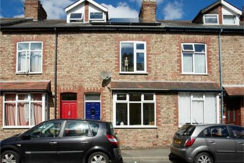 3 bedroom terraced house for sale - Westwood Terrace, South Bank, York