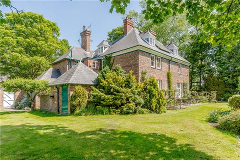 6 bedroom detached house for sale - The Old Vicarage, 45 Westfield Road, Tockwith, York, YO26