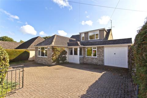 4 bedroom detached bungalow to rent - Kimberley Road, Poole, BH14
