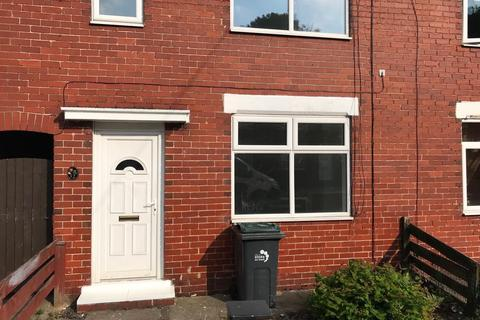 3 bedroom semi-detached house to rent - Beckett Avenue, Stoke on Trent, Staffordshire, ST3 6EB