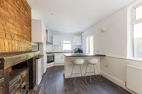5 bedroom terraced house to rent - Alloa Road, SE8