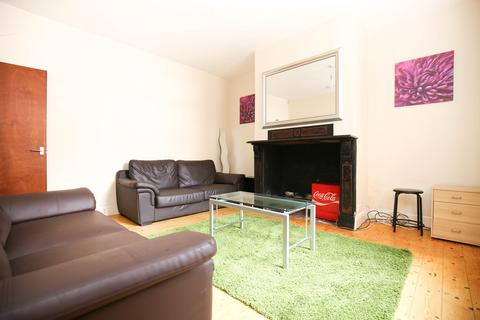 5 bedroom terraced house to rent - Kingsley Place, Heaton, Newcastle Upon Tyne