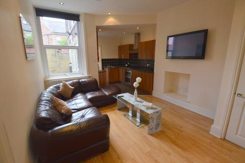 3 bedroom ground floor flat to rent - Albemarle Avenue, Jesmond, Newcastle Upon Tyne