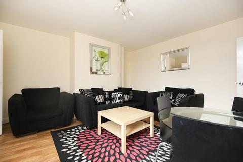 4 bedroom maisonette to rent - Chillingham Road, Heaton, Newcastle Upon Tyne
