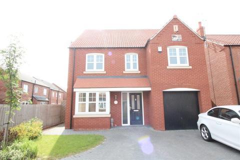 4 bedroom detached house for sale - Farrier Close, Kingswood, Hull