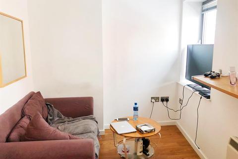 1 bedroom flat to rent - Basilica, Leeds, LS1 6LZ