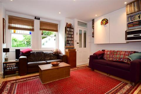 3 bedroom end of terrace house for sale - Bonchurch Road, Brighton, East Sussex