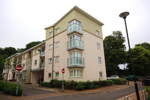 2 bedroom flat to rent - Oak Hill Road, Torquay