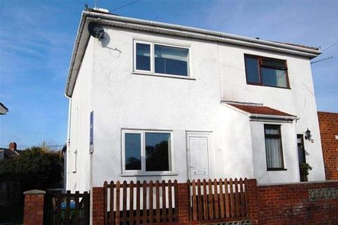 2 bedroom semi-detached house to rent - Swift Road, Woolston, Southampton