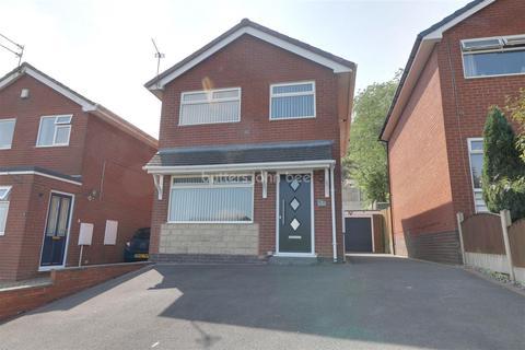 3 bedroom detached house for sale - Lynn Avenue, Talke, Stoke-on-trent