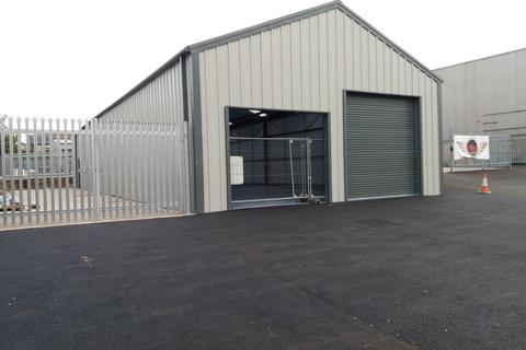Trade counter to rent - Dales Road, Ipswich IP1