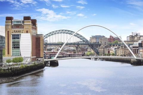3 bedroom flat for sale - Mariners Wharf, Newcastle Quayside, Newcastle Upon Tyne