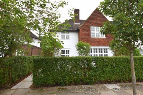 3 bedroom cottage to rent - Brookland Rise, Hampstead Garden Suburb, NW11