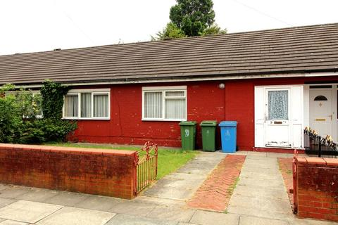 2 bedroom bungalow for sale - Sovereign Road, Liverpool