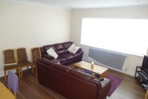 3 bedroom apartment to rent - Trent Boulevard, Nottingham