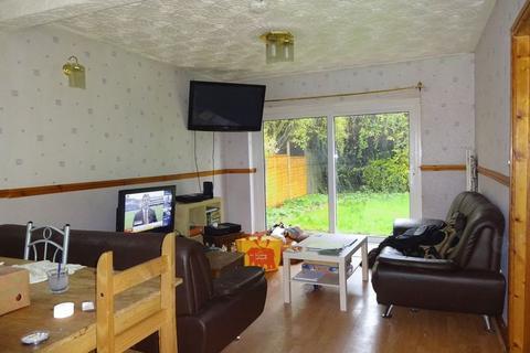 6 bedroom property to rent - Arnesby Road, Nottingham