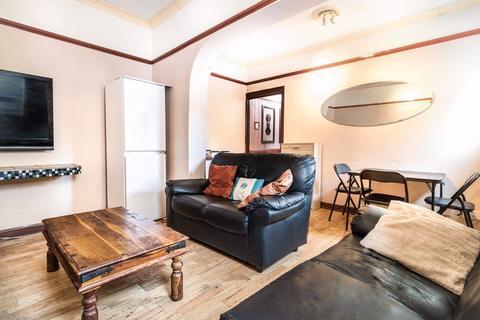 6 bedroom house to rent - Ilkeston Road, Nottingham