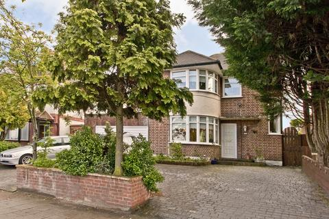 3 bedroom detached house to rent - Sidcup Road, Mottingham