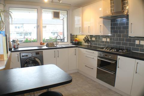 3 bedroom apartment to rent - Nightingale Vale, Woolwich
