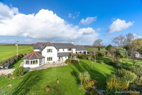 5 bedroom detached house for sale - Llancarfan, Vale of Glamorgan, CF62 3AX