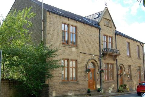 3 bedroom apartment for sale - Chew Valley Road , Greenfield, Saddleworth