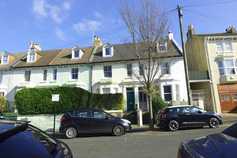 4 bedroom terraced house to rent - Shaftesbury Road, Brighton, BN1 4NE