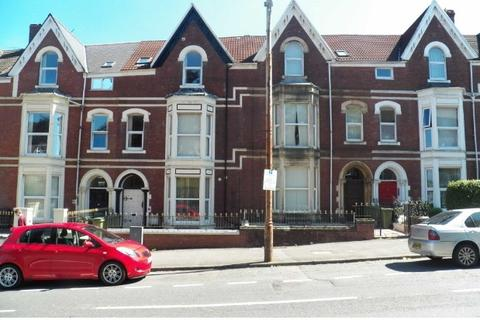 2 bedroom apartment to rent - Sketty Road, Uplands