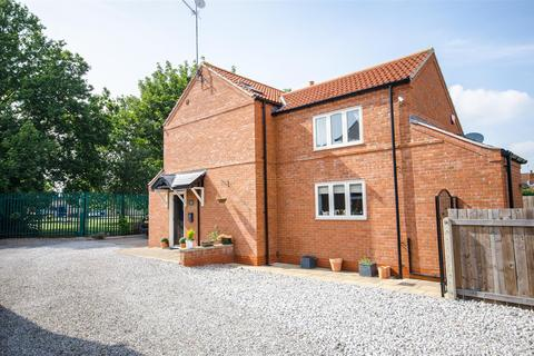 2 bedroom detached house for sale - Green Way Close, Anlaby, Hull