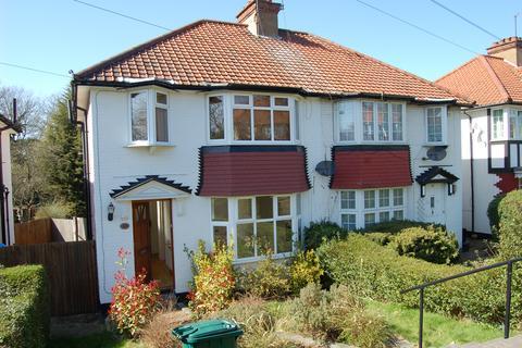 3 bedroom house to rent - Farm Road, Edgware