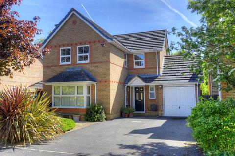 4 bedroom detached house for sale - May Park, Calcot, Reading, RG31 7RU