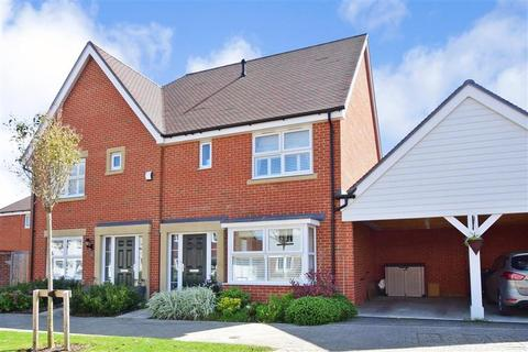 3 bedroom semi-detached house for sale - Langley Way, Kings Hill, West Malling, Kent