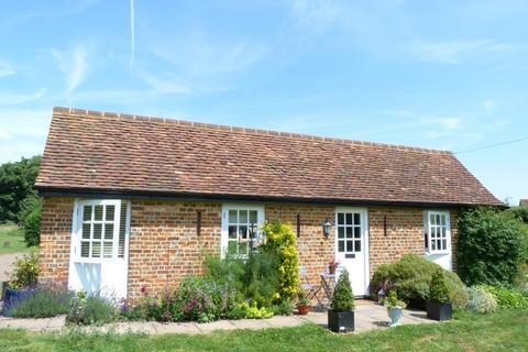 1 bedroom detached house to rent - Studham Hall Cottages, Studham, Bedfordshire