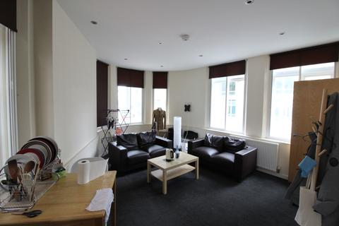 2 bedroom apartment to rent - Trippett lane, Sheffield S1