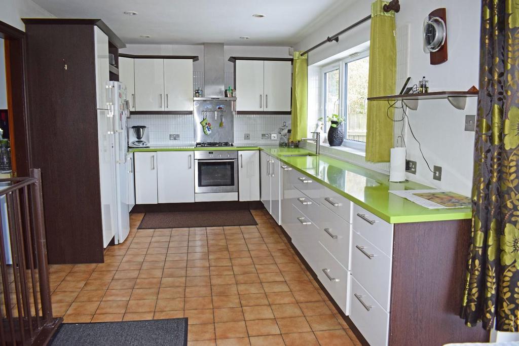 17 A Cofton Lake Road, kitchen.jpg
