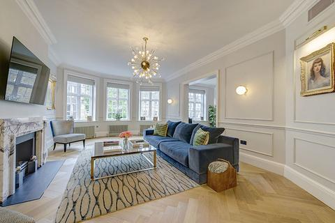 4 bedroom flat for sale - Cliveden Place, London. SW1W