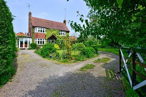 3 bedroom cottage for sale - Magpie Cottage, 39, Pinfold Grove, Penn, Wolverhampton, WV4