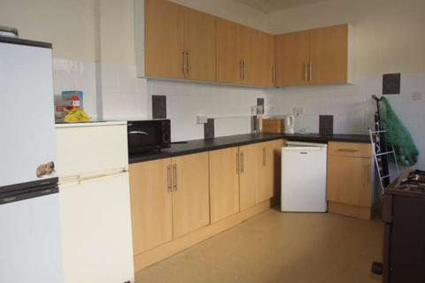1 bedroom house share to rent - Claude Rd, Roath - room share First Floor Middle Bedroom