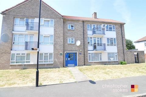 2 bedroom flat to rent - Oatlands Road, Enfield, Greater London
