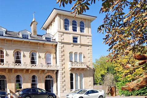 2 bedroom penthouse for sale - Lypiatt Terrace, Cheltenham, Gloucestershire, GL50