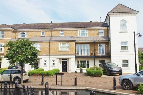 3 bedroom townhouse for sale - Adamson Way, Langley Waterside, Beckenham