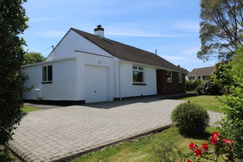 3 bedroom detached bungalow - Hawthorn Rise, Haverfordwest, Pembrokeshire