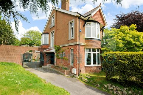 4 bedroom semi-detached house to rent - Valletort Road, Stoke, Plymouth